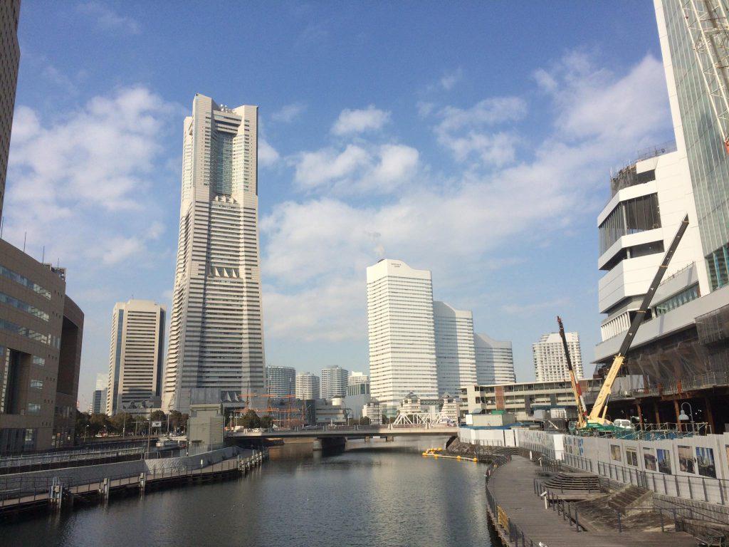 1.横浜市新市庁舎.2020年3月完成。M M地区には、誘致が実り、京急本社、資生堂研究所、神奈川大学がやって来ます❗️横浜市会議員しみず富雄
