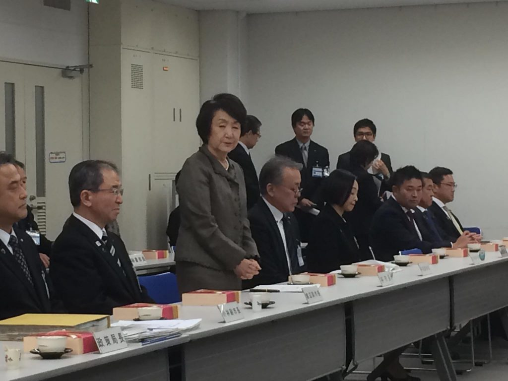 6、政策をダイナミックに進めるには、市長サイドとの意見交換が重要。弁当ランチミーティングにより多くの意見を❗️横浜市会議員しみず富雄