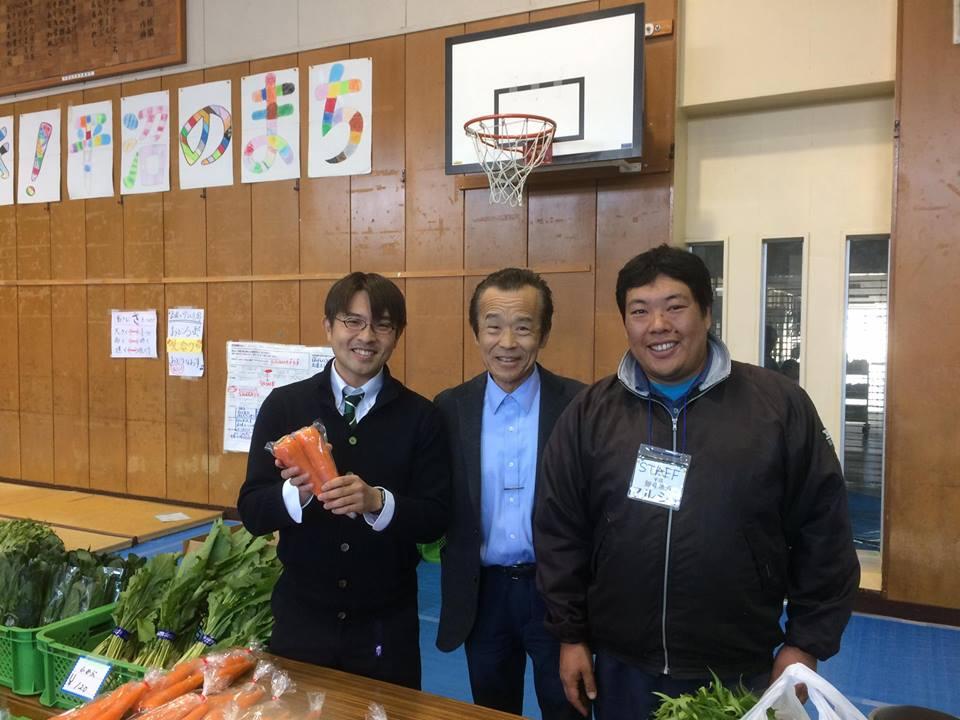 19.平沼小学校で、横浜の農産物を❗️農協の無い、西区では消費で、協力します。「地産地消」横浜市会議員しみず富雄